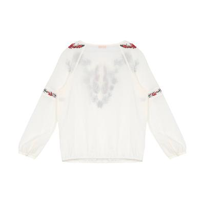 embroidery point tassel blouse